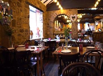 Les Olives Tapas Bar & Restaurant